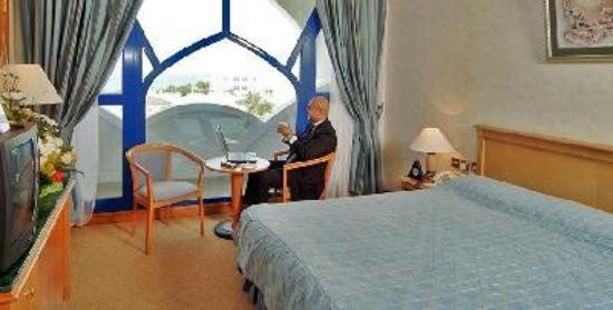 Beach Bay Hotel Muscat: Club Room