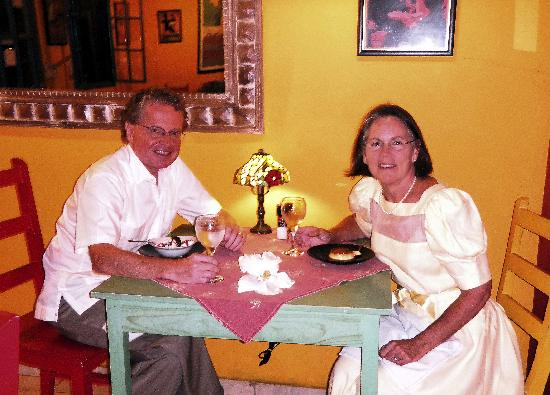 Boquete Art Cafe: Rick and Mary dining at La Crepe on their 25th anniversary