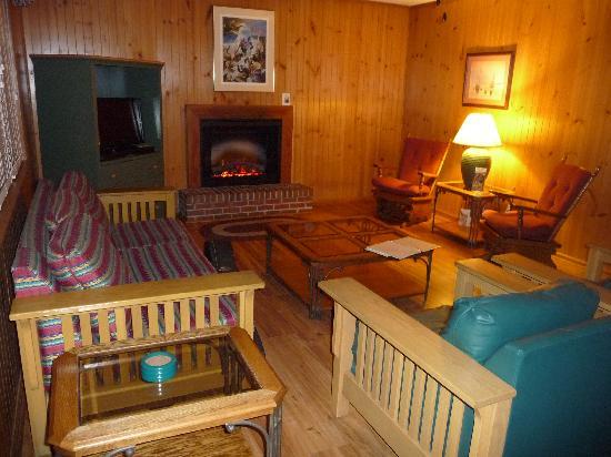 Merveilleux Crooked River State Park: Cottage Living Room