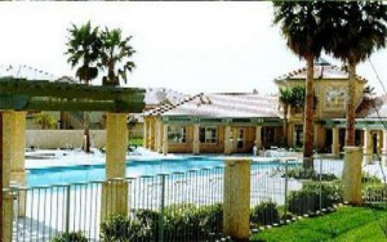 Guest Suites Sacramento: Pool