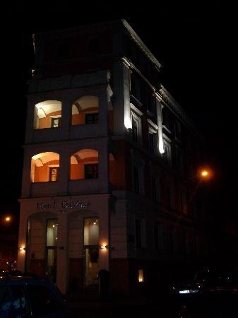 DaVinci Hotel Wenceslas Square: by night