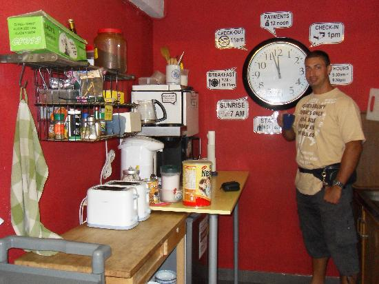 Betel Box Hostel: the kitchen.....