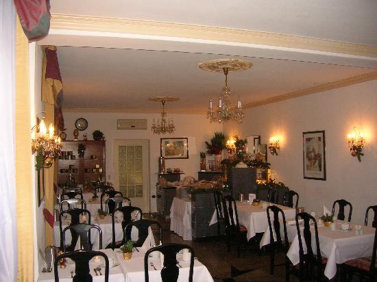 Hotel Smetana: LA SALLE DU PETIT DEJEUNER