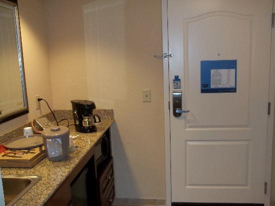 Hampton Inn & Suites Florence-North/I-95 : entrance