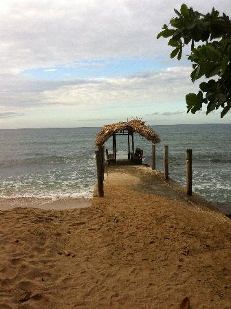 Tropikist Beach Hotel & Resort : Towards the Beach