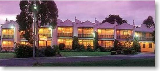 Victoria House Motor Inn