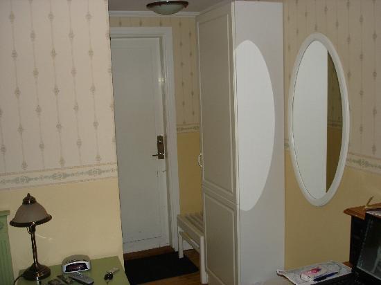Hotel Arkaden: Room