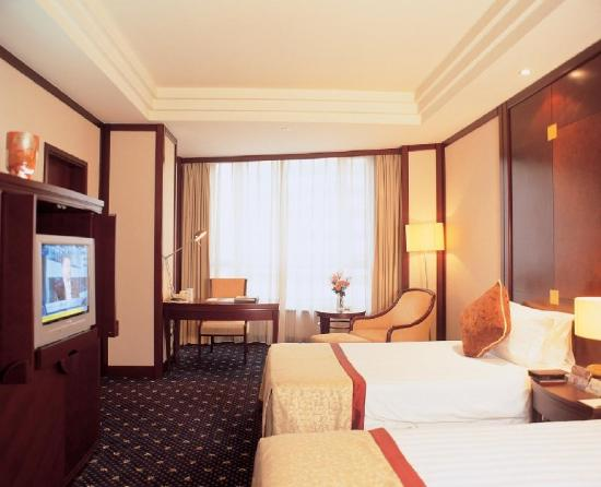 The Bund Hotel: -Twin Room