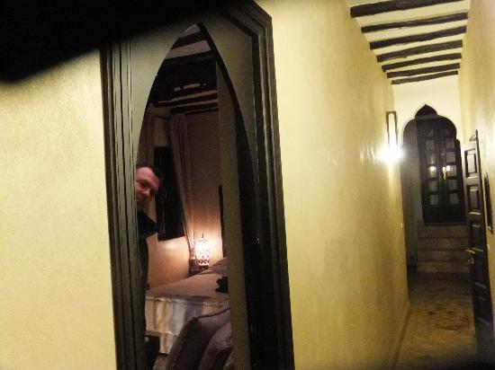 Riad Kheirredine: Verveine room entrance