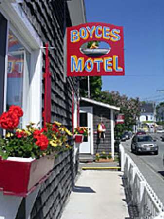 Boyce s Motel: Welcome to Boyce's Motel