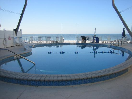 Sandpiper Gulf Resort: Main Pool