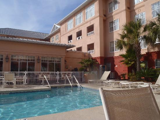 Residence Inn Charleston Downtown/Riverview: Pool