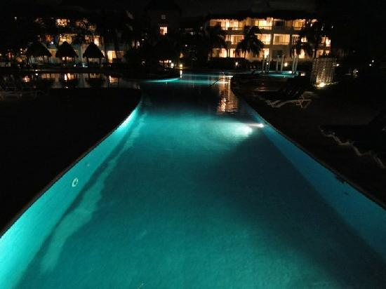 Pools At Night I Dont Think U Are Allowed To Swim U Could Try
