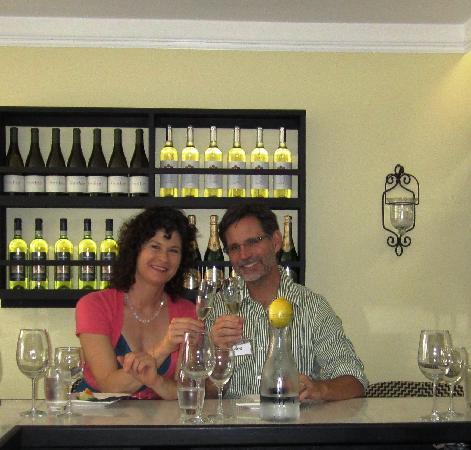 Finchs Bistro & Wine Bar: Finch's Wine Bar