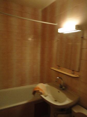 Le Terrage: banheiro