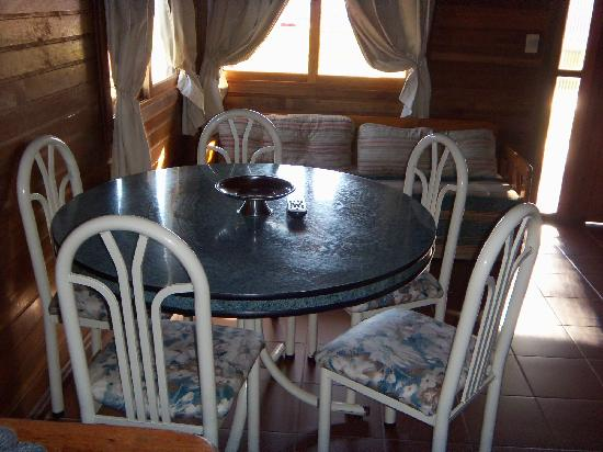 Hotel Termal Dayman: Vista del living comedor