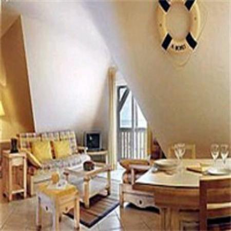 Pierre & Vacances Premium Hotel La Villa Gardenia: Suite