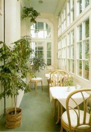 Hotel Barbara Garni : Wintergarten