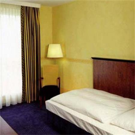 Avalon Hotel Domicil: Guest Room