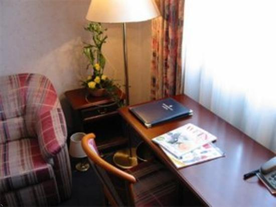 Accent - Hotel Bayreuth: Room with facility
