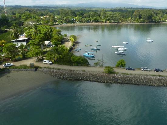 Crocodile Bay Resort - An All-Inclusive Resort: Flying into Puerto Jimenez