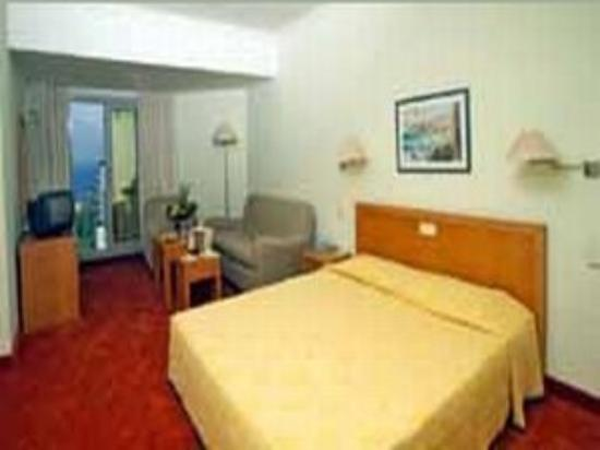 Hotel Moderno: Guest Room