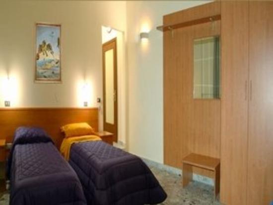 Palatium Hotel: Guest Room