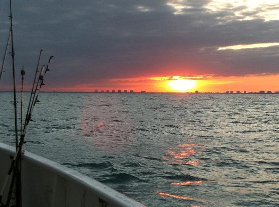 Fort Pierce Lady Deep Sea Fishing: Sunset on a marathon Saturday