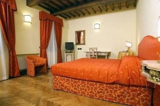 Relais Dell'Olmo: Other