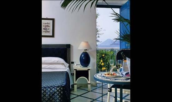 Hotel Grotta Azzurra : Guest room