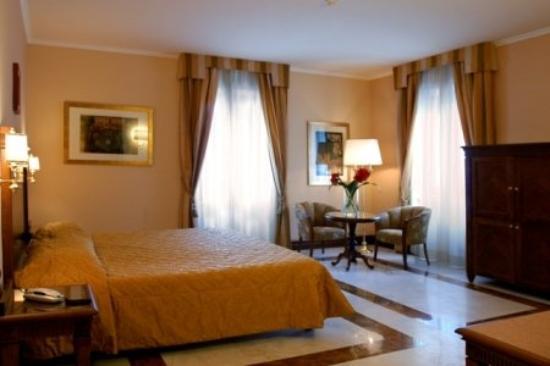 Hotel Alimandi Vaticano: Deluxe Double