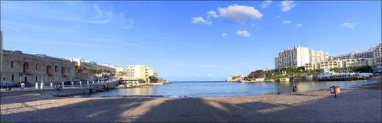 Bernard Hotel: St George SBay Panoramic View