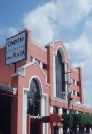 Hotel Country Plaza: Exterior