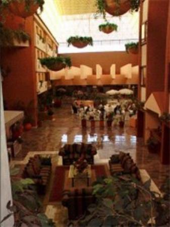 Hotel Country Plaza: Interior