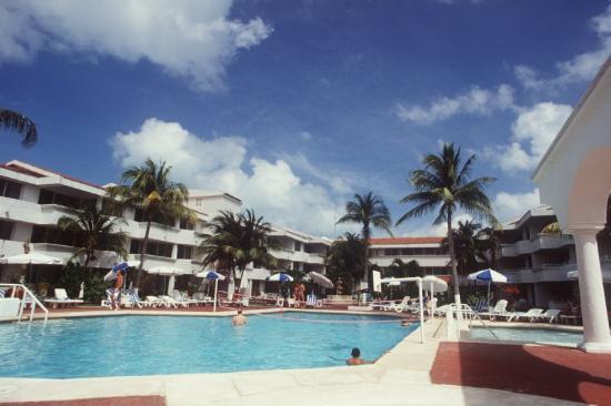 Caribbean Princess Resort: Pool
