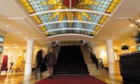Grand Hotel Amrath Kurhaus The Hague Scheveningen: Entrance