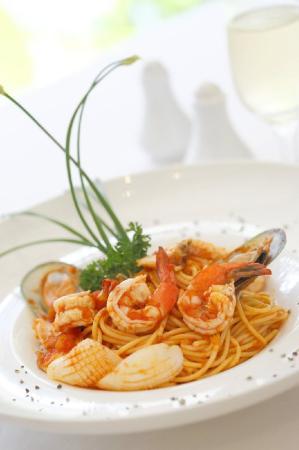 Grand Pacific Hotel: Seafood Spaghetti Lo