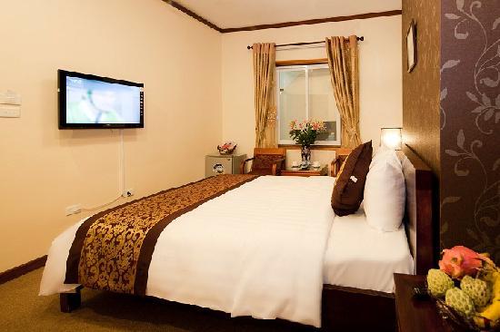 Hanoi Triumphal Hotel: Deluxe Double