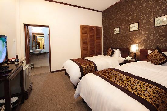 Hanoi Triumphal Hotel: Deluxe room 1