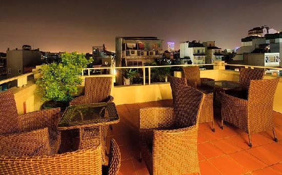Hanoi Triumphal Hotel: Restaurant 1