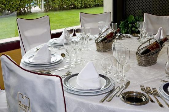 Hotel Zenit Calahorra: Restaurant
