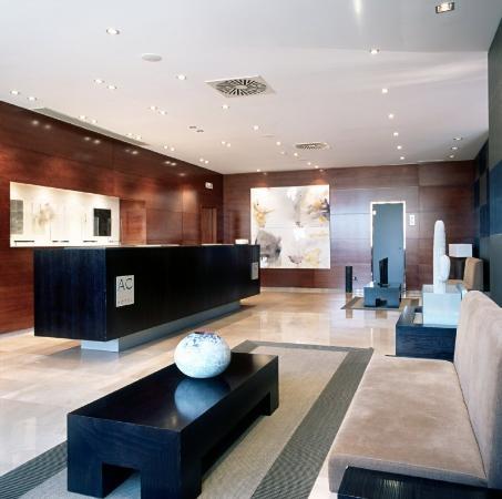 AC Hotel Zaragoza Los Enlaces: Reception