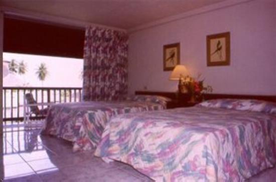 Mount Irvine Bay Hotel & Golf Club: Superior Room
