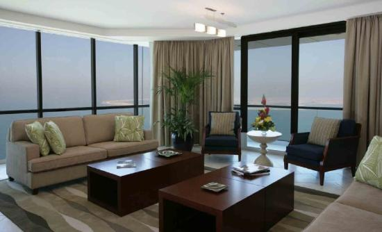 Dubai Marine Beach Resort and Spa: Suite