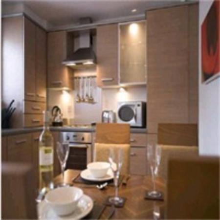 Premier Suites: Dining Area