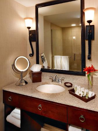 The Hotel at Auburn University: Vanity