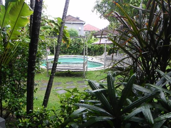 Bali Hotel Pearl: view to pool from verandah