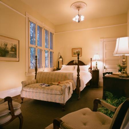 The Upham Hotel & Country House: Guest Room