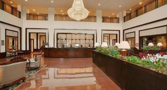 Wyndham Glenview Suites Chicago North : Hotel Lobby