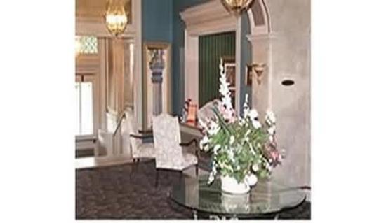 Hannaford Suites - Newport: Interior